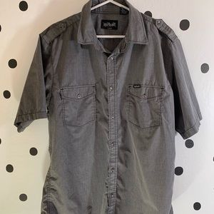 🔥30%OFF🔥 No Fear grey button shirt size  XL